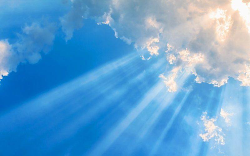 fénysugarak az égből